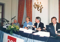 Athens Money Show, June 2001_003